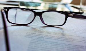 Миопия средней степени (близорукость 2 стадии): лечение обоих глаз