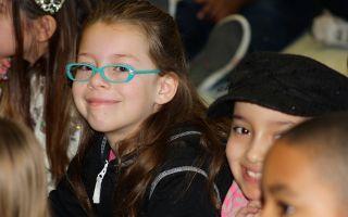 Дальнозоркость у детей: что это такое, причины и лечение