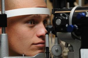 фото диагностики зрения