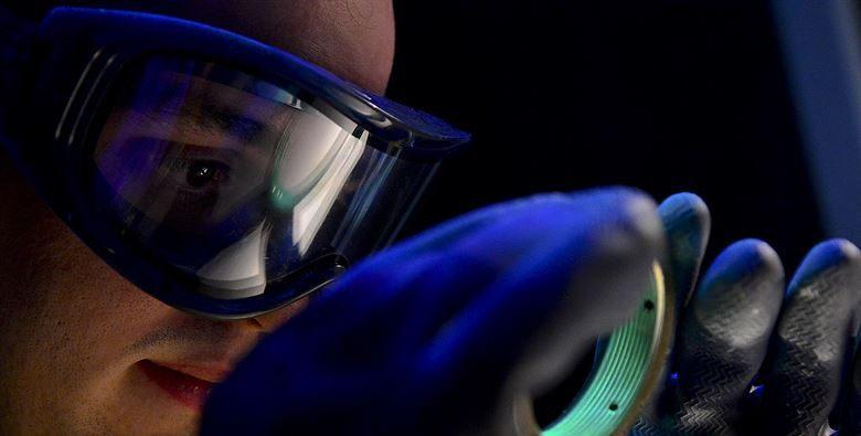 фото защитной маски