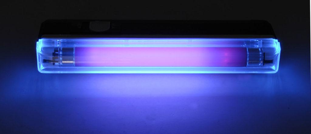 lampa ultrafioletovaya e1539960508154 1024x443 - Ожог глаз ультрафиолетовой лампой что делать